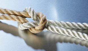 縛り・緊縛を学んでみるイメージ